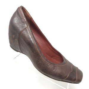 Modern Vintage Brown Leather Wedge Womens SIZE 10